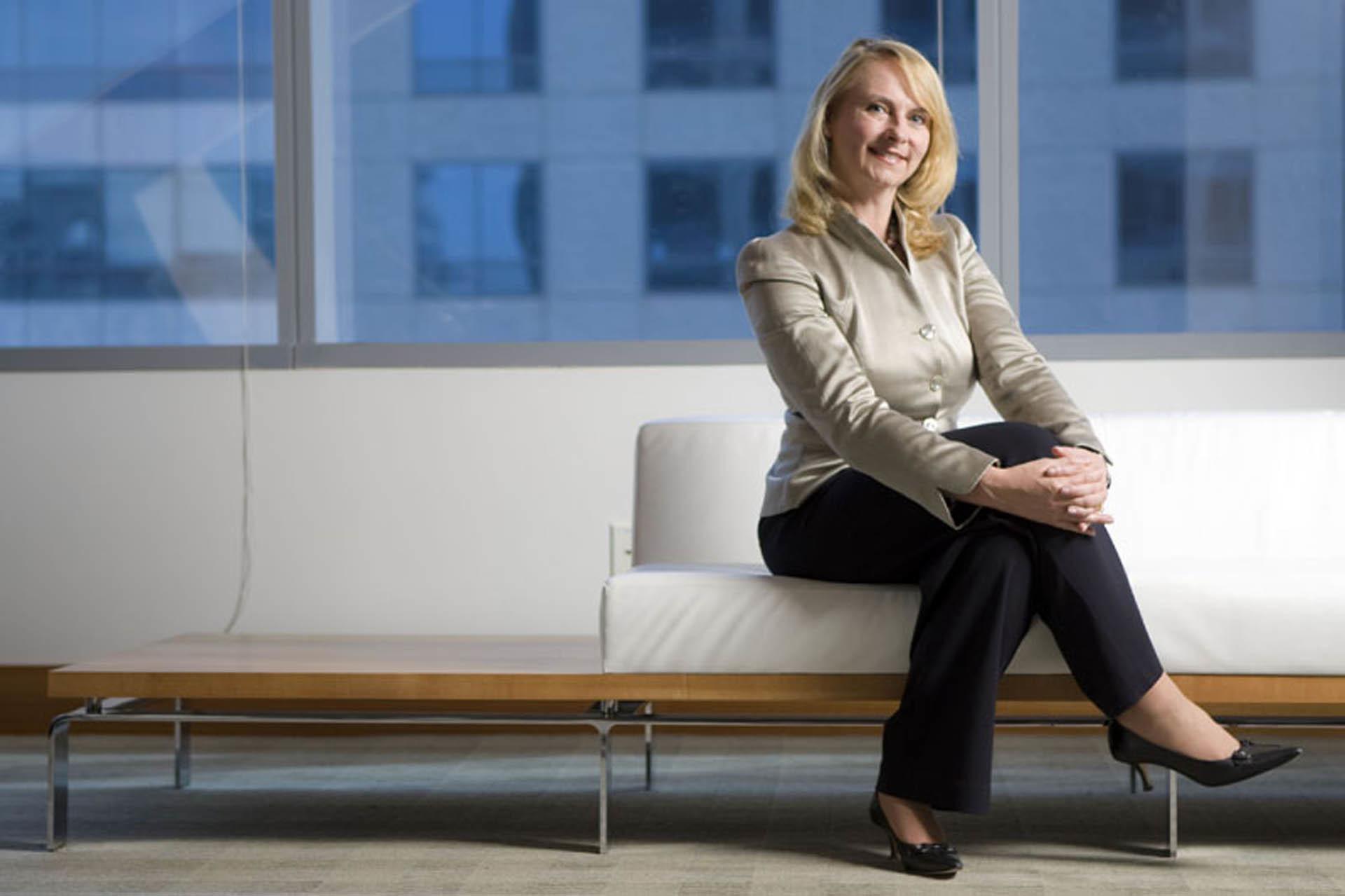 Cindy Cwik, Litigation Attorney with San Diego's Latham & Watkins