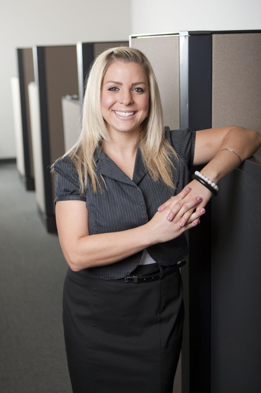 Taryn Simons, Agent, St. Charles Illinois.